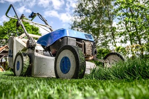 lawnmower-384589__340