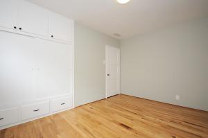 21 Bedroom 3 view 3